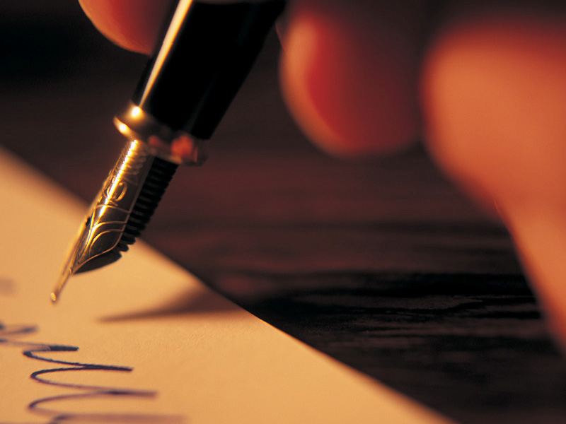Why do you need a professional content writer for your website?